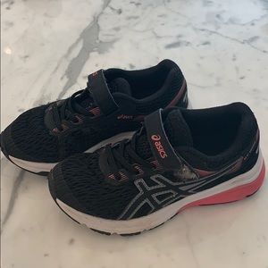 Girls ASICS Black w/ Pink Sneakers, Size 12